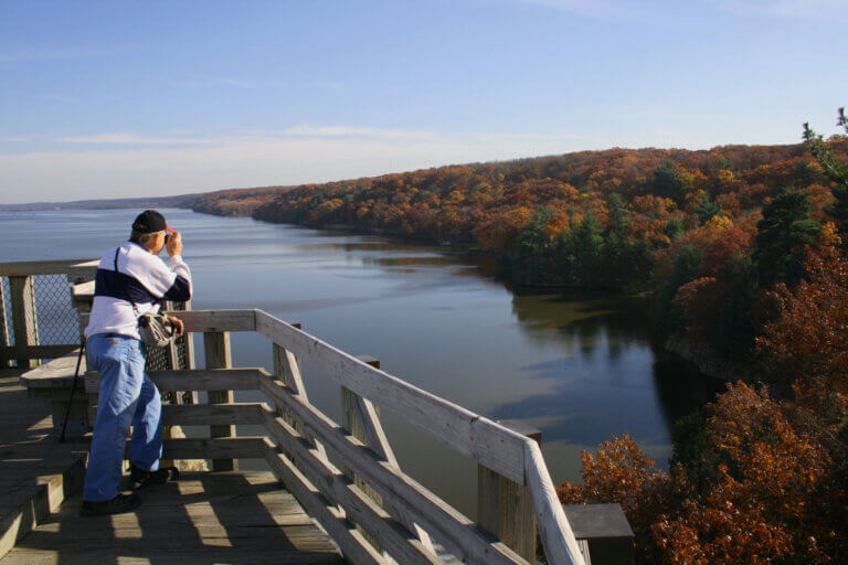 Fall Colors are Calling You to Starved Rock